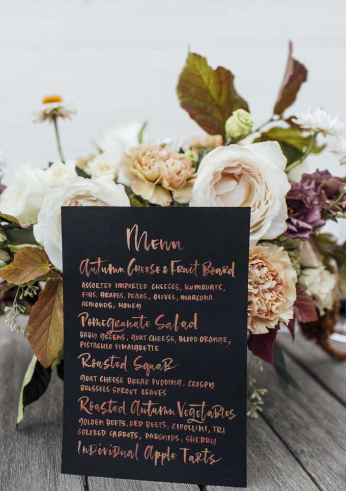 Imprima um menu para orientar os convidados sobre as opções de harmonização