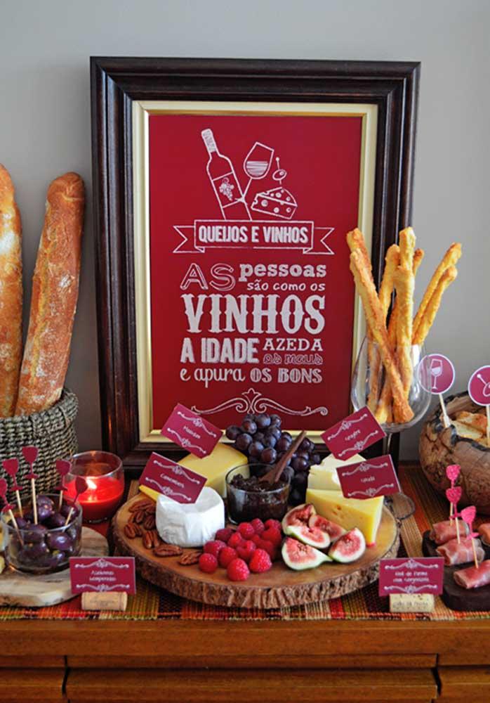 Noite temática de queijos e vinho com direito até a quadro ilustrativo