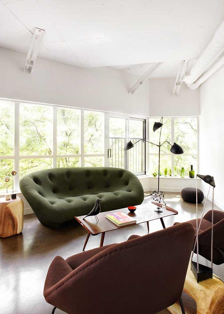 Sofá verde militar para a sala moderna