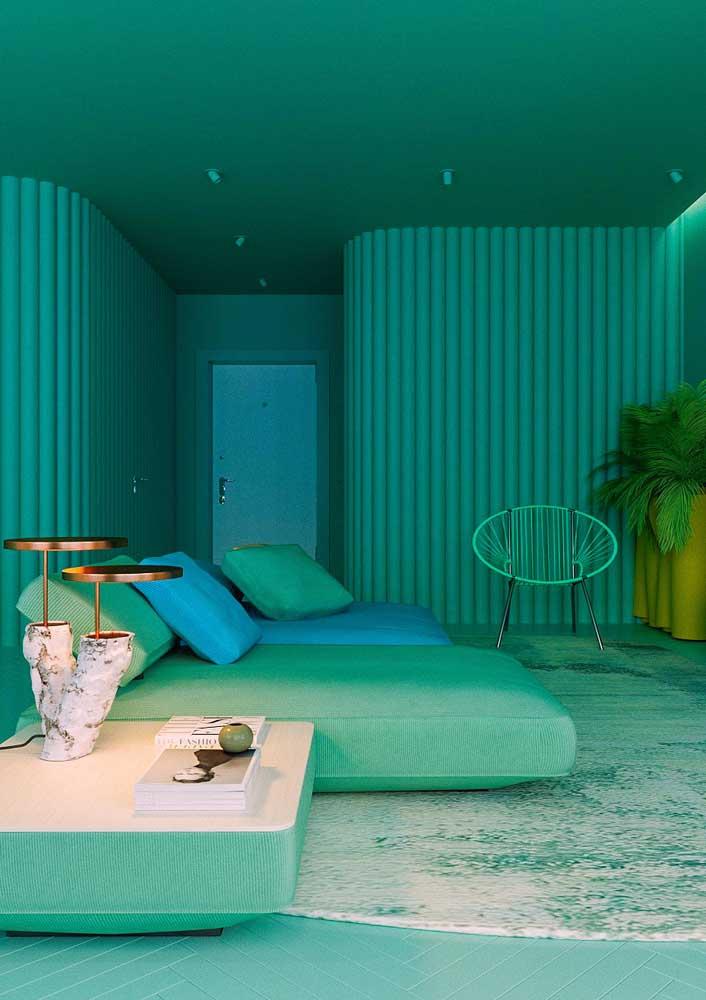 Uma sala totalmente em verde e azul: feita para relaxar