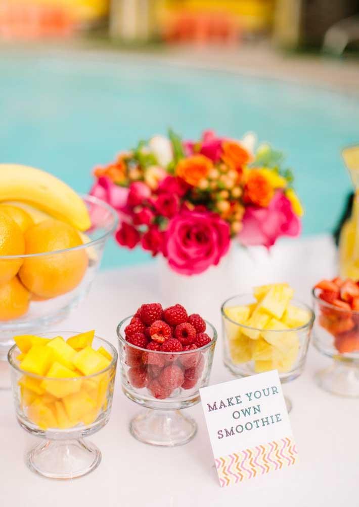 As frutas integram o cardápio e servem para preparação de sucos e smoothies
