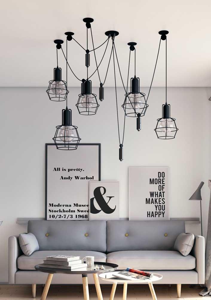 Lustres aramados são a cara de decorações modernas e de estilo industrial