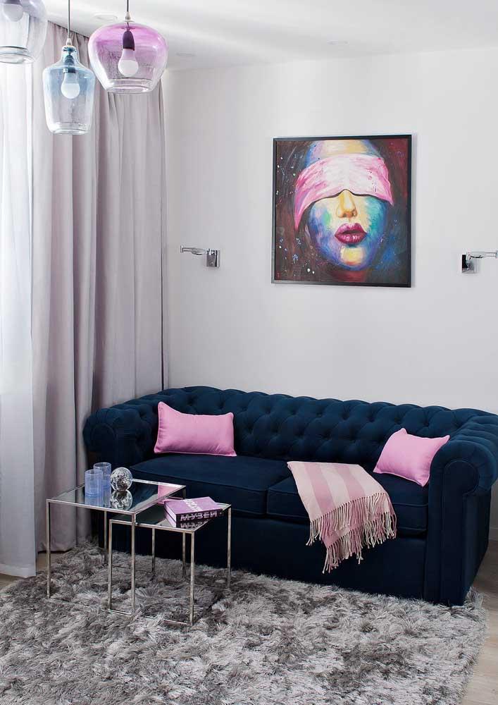 Lustres coloridos para combinar com a sala