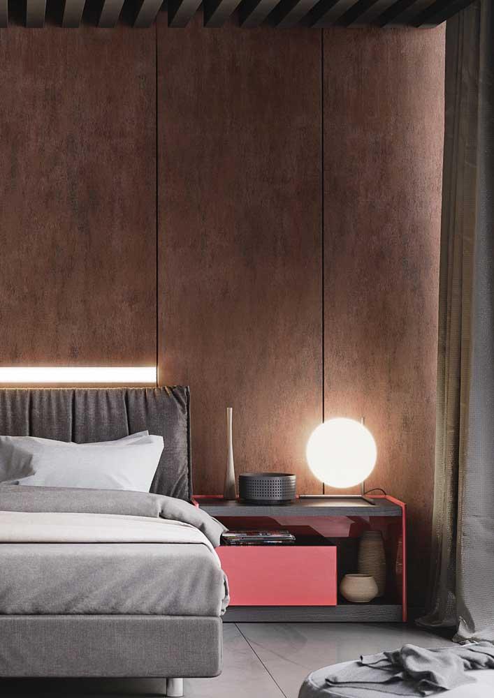 Efeito aço na parede da cabeceira da cama