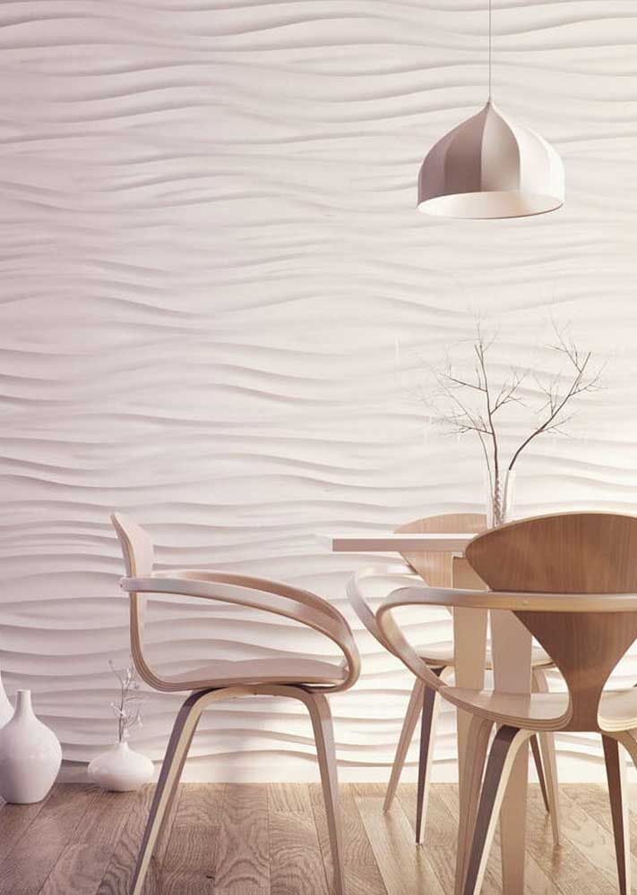 Textura de gesso 3D criando ondas fluidas na sala de jantar