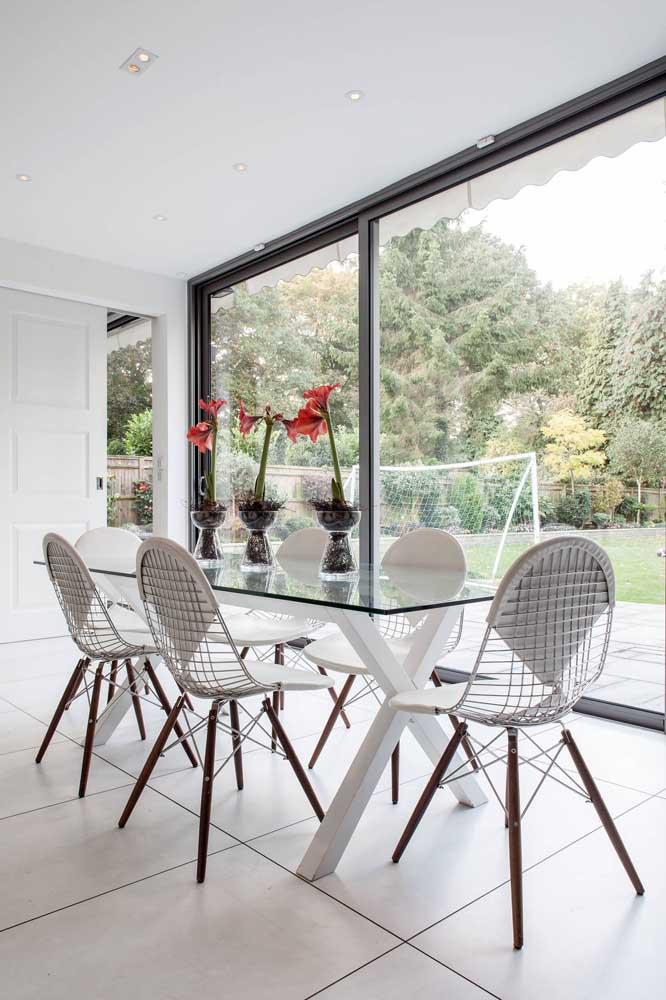 Sala de jantar retangular é igual a mesa de vidro retangular