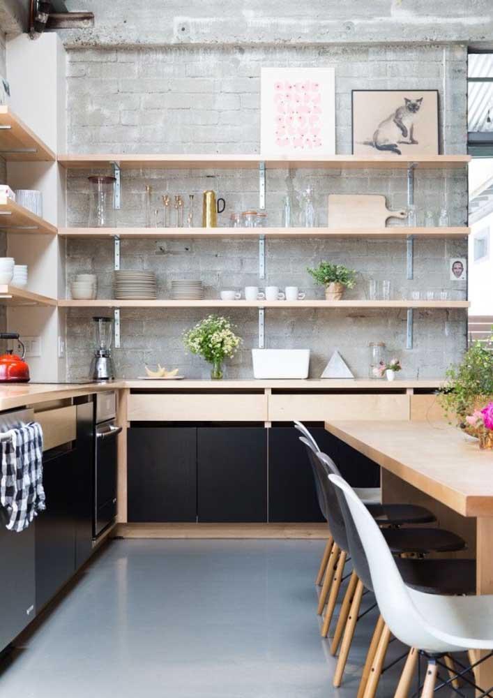 Revestimento de parede para cozinha: avalie a limpeza e manutenção