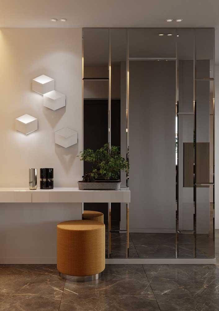 Elegância e modernidade com o revestimento de espelhos