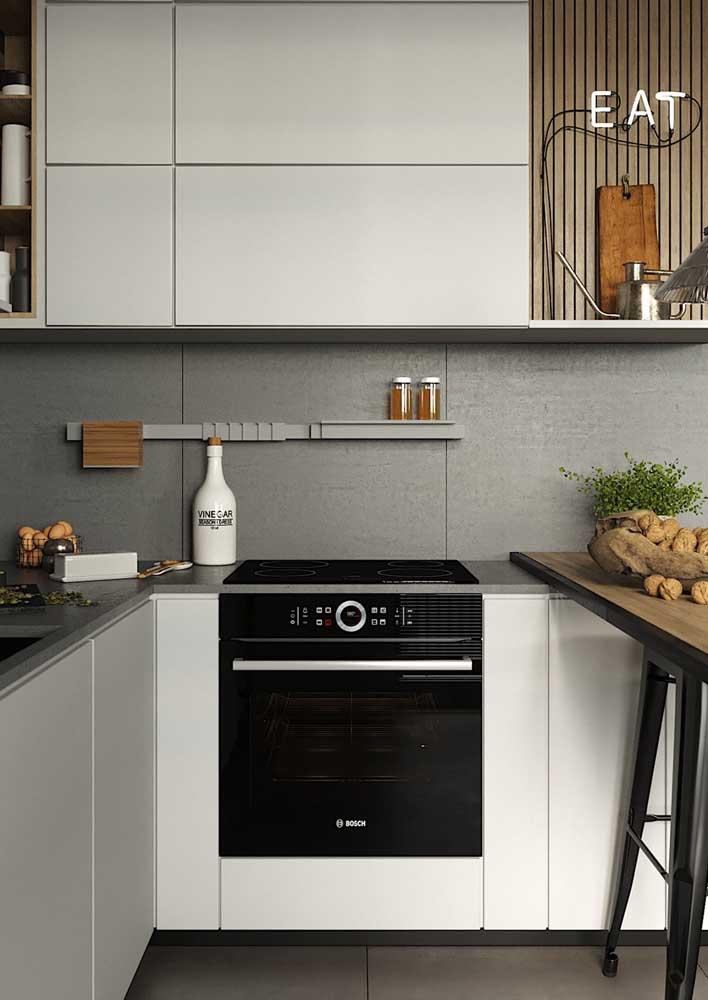 Porcelanato na cozinha: revestimento de parede com melhor custo-benefício