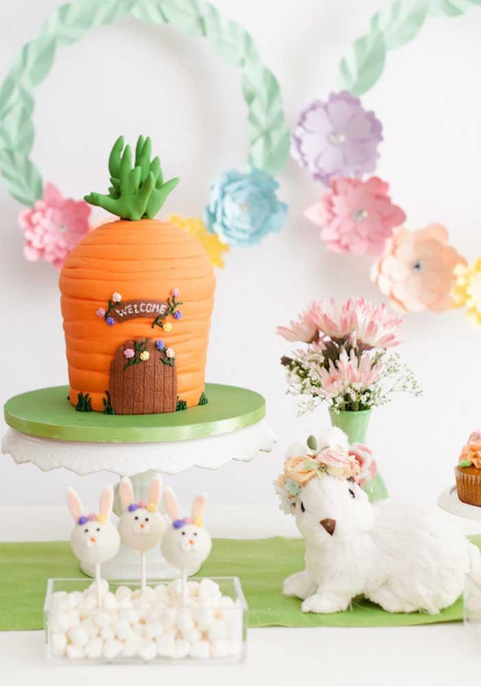 Que tal um bolo de páscoa em formato de casinha de cenoura? Um charme só!