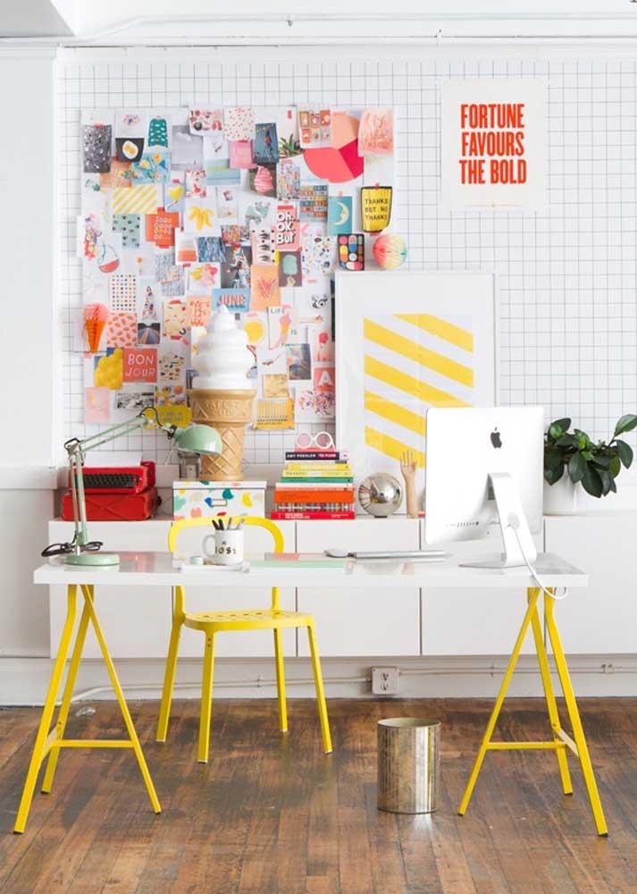 Que tal uma tela aramada para o seu material de home office?