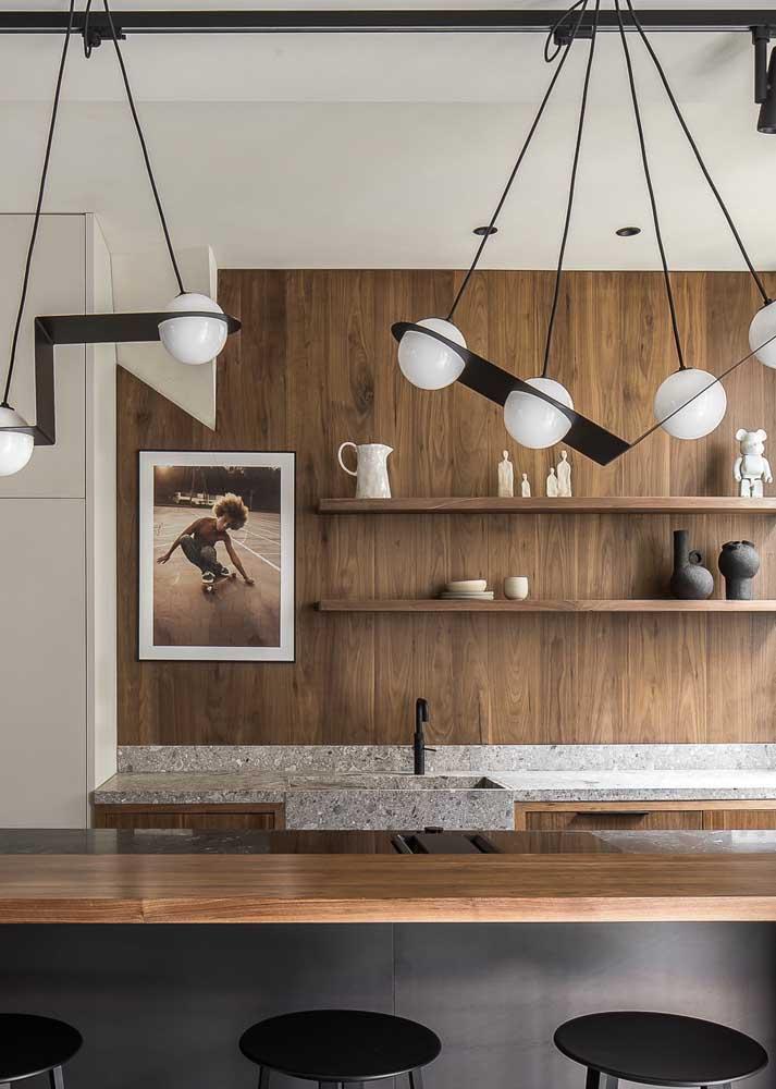 Aposte em luminárias com design para renovar o visual da cozinha