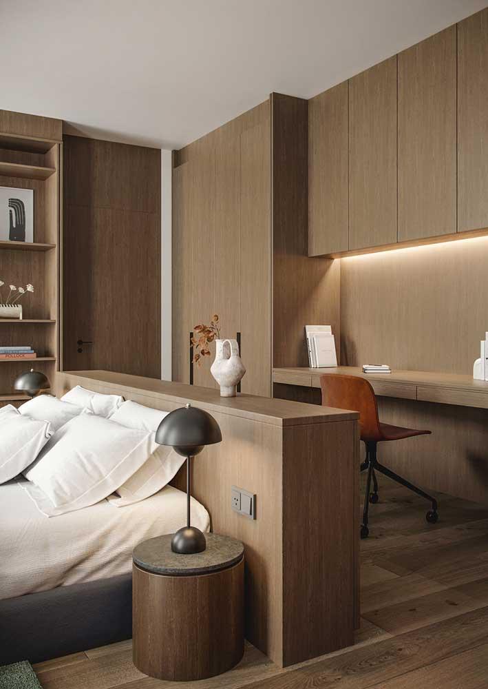 Um home office para completar o projeto do quarto de casal planejado